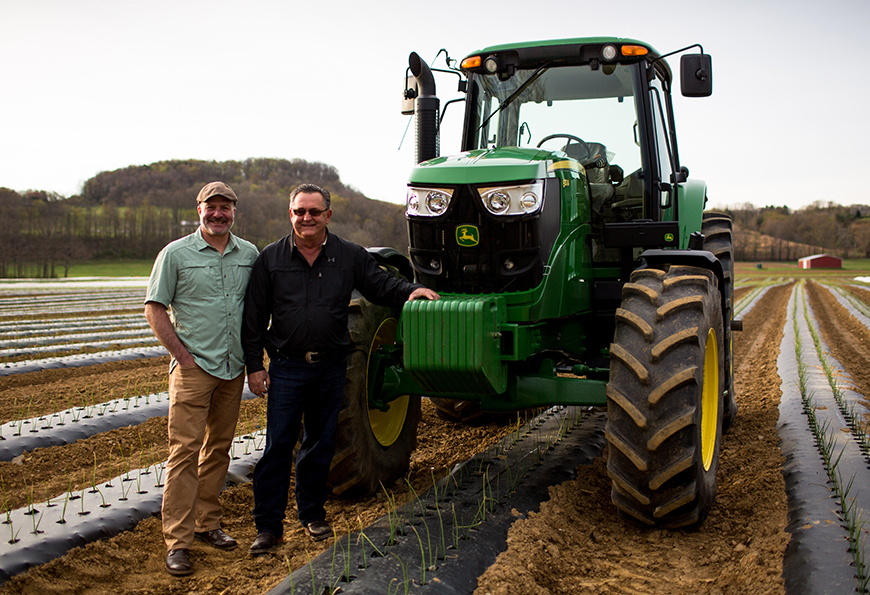 Jamie Moore, our Director of Sourcing and Sustainability, visits Ben Wiers of Wiers Farm in Willard, OH.